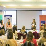 Emprendedoras presentando sus proyectos